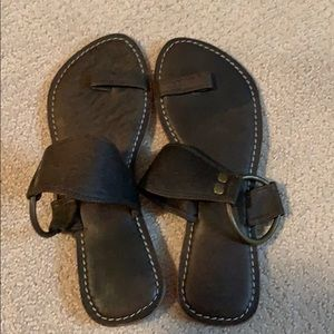 Shoes - EUC Women's Summer Flats 8m